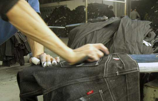 Jean Damage China S Denim Workers Pay A Deadly Price